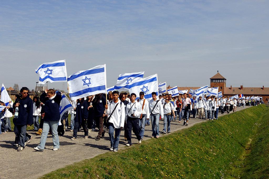 opD979-098,לע'מ-משה-מילנר,בני-נוער-במצעד-החיים-באושוויץ-פולין,16-4-2007